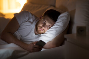 20-Things-You-Do-Before-Bed-That-Sabotage-Your-Sleep-1